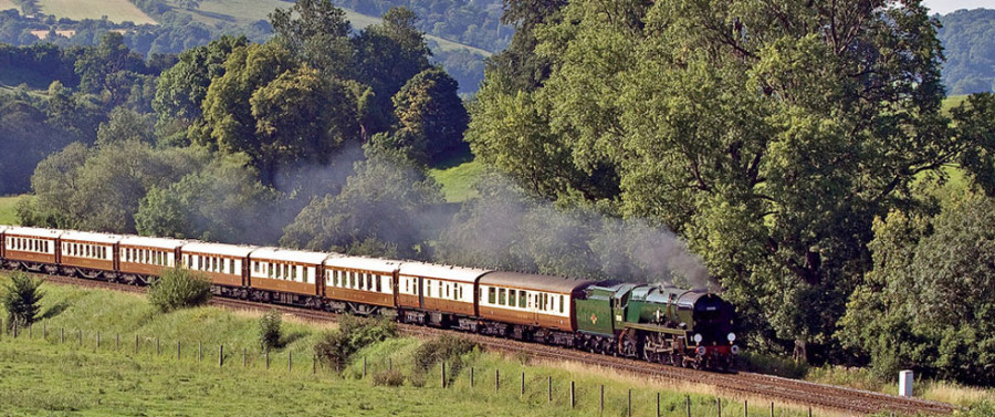 british-pullman-carriage-header.jpg