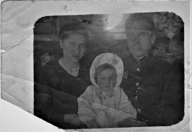 Мама, папа и Оля