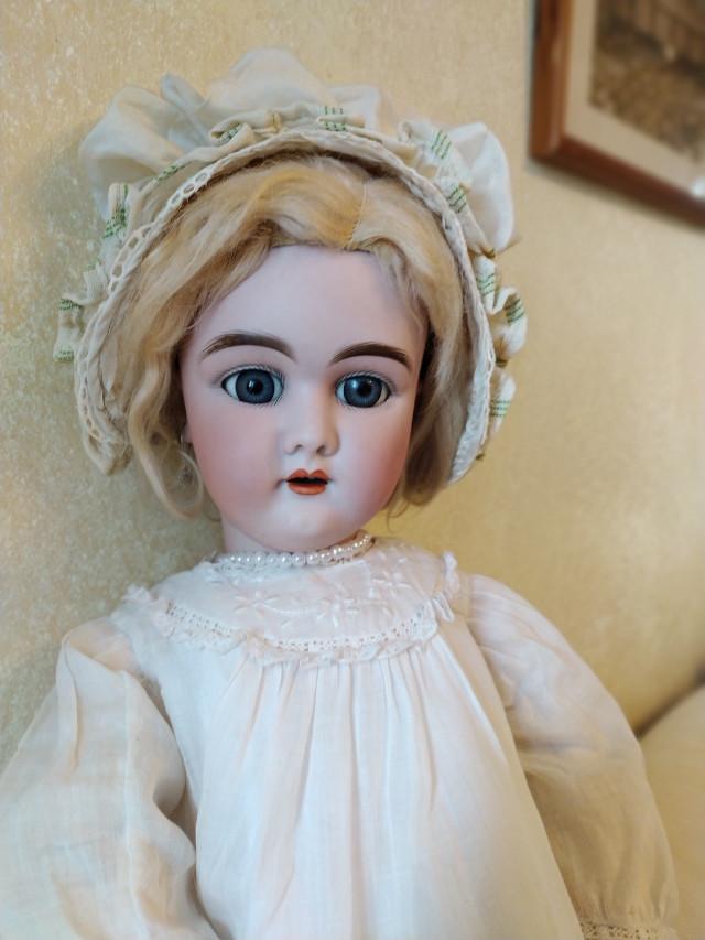 Ранняя антикварная кукла Хандверк