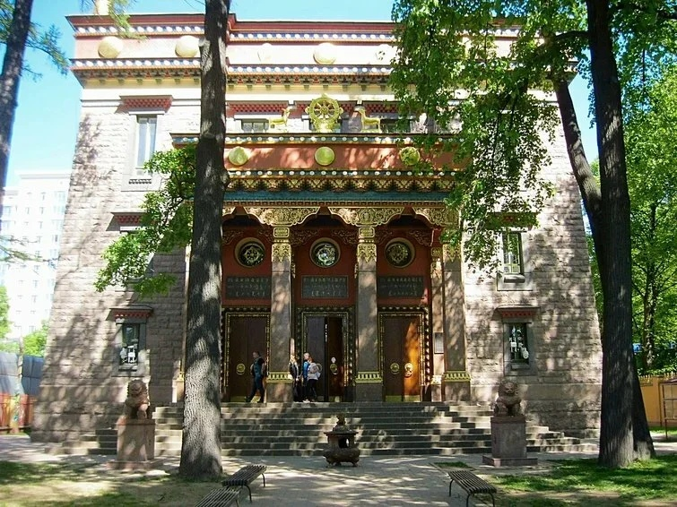 Буддистский храм в Санкт-Петербурге