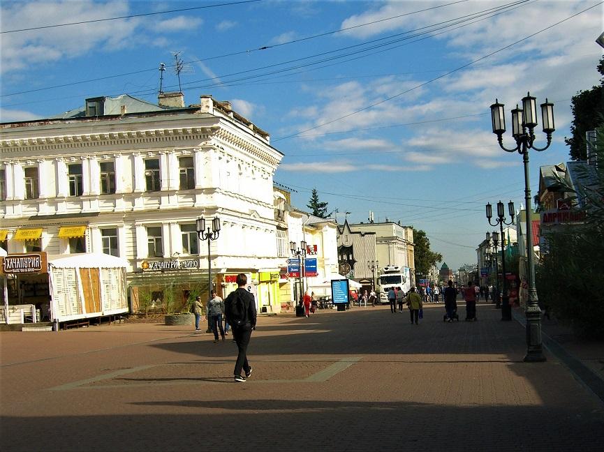 1. Улица Большая Покровка (бывшая Свердлова-Свердловка)