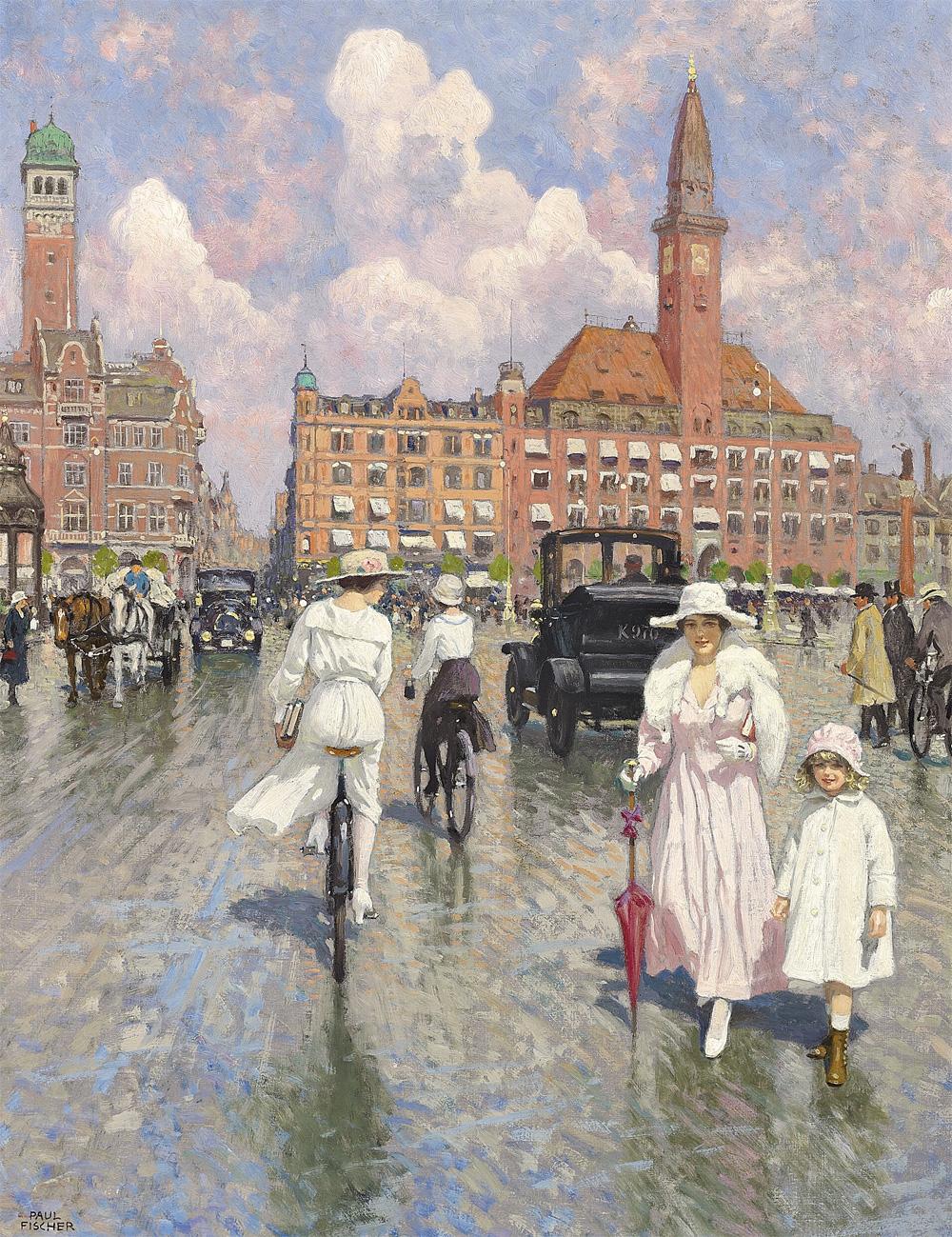 Paul_Fischer_-_Kunstnerens_hustru_Musse_og_datteren_Grethe_passeres_af_elegante_cykelpiger_pa_Radhuspladsen_foran_Palace_Hotel_-_1918.jpg