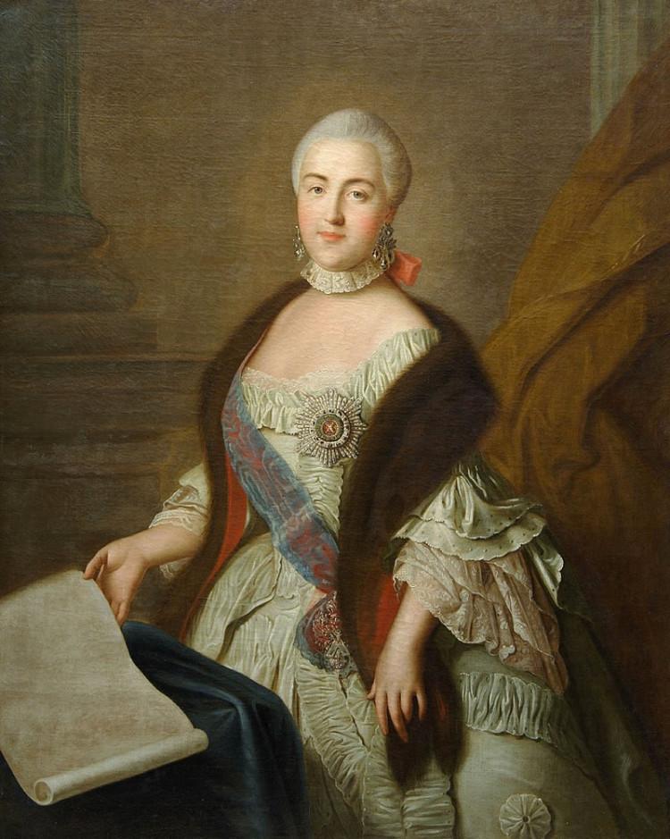 800px-Grand_Duchess_Catherine_Alexeevna_by_I.P._Argunov_after_Rotari_1762_Kuskovo_museum.jpg