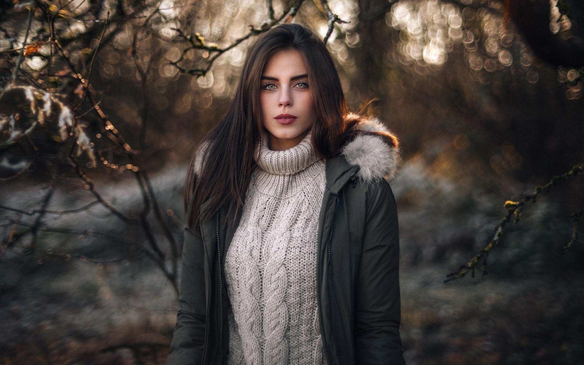 forest women outdoors women model portrait outdoors winter sweater fashion fur spring autumn beauty